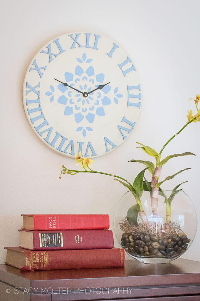 DIY Vintage Decor Clock #handmadeholidays #12MonthsofMartha