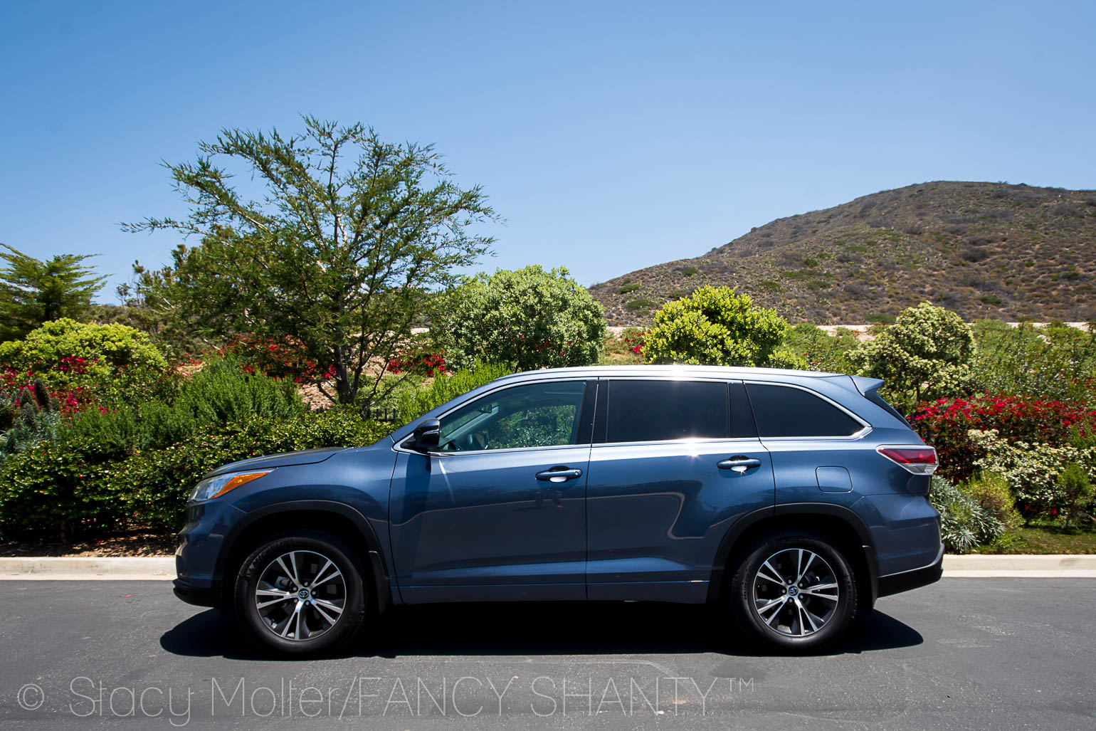 2016 Toyota Highlander XLE V6 AWD Review