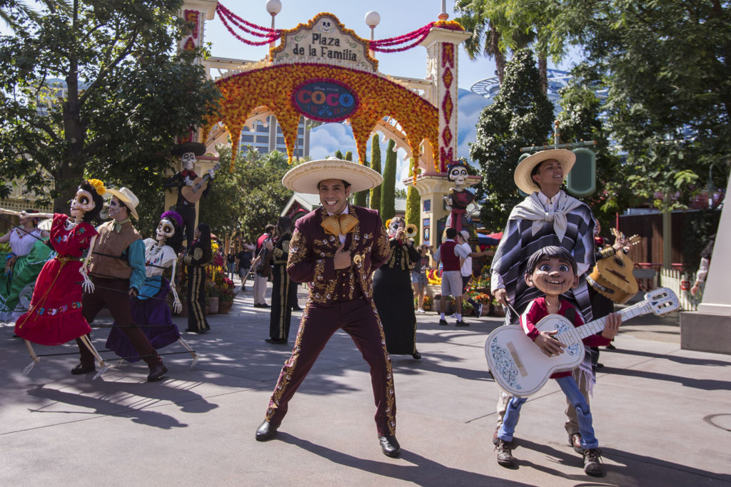 Celebrate Disney•Pixar's 'Coco' and Seasonal Experiences Inspired by Día de los Muertos at Disneyland Resort